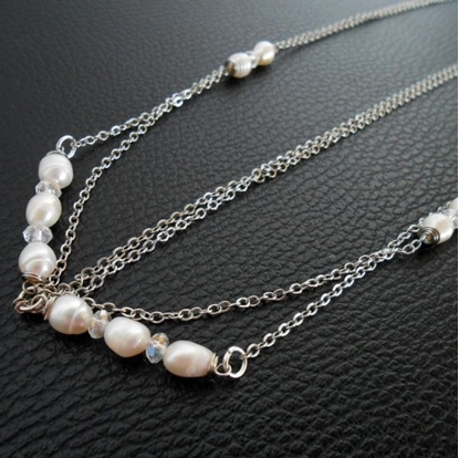 Picture of Hair Chains Accessory, Silver Chains with Pearls and Crystal Beads, Head Chains