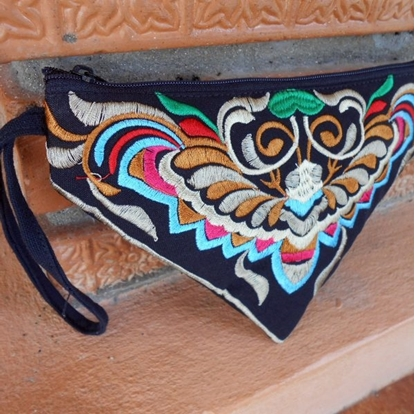 Picture of Bee Triangle Embroidered Clutches, Bag