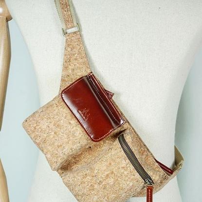 Picture of Belt Cork bag