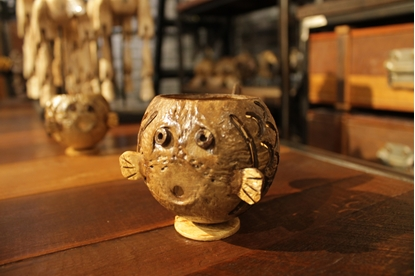 Picture of Lovely Chubby Fish Coconut Shell Pen Holder