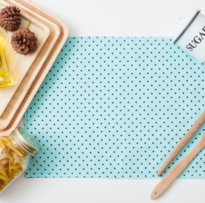 Picture of Cotton Placemat - Dot Mint