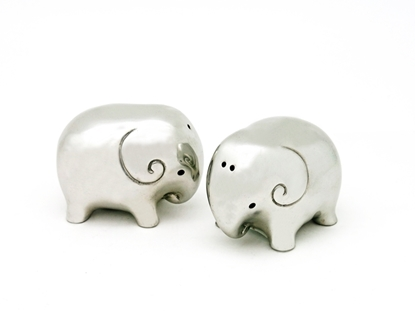 Picture of Loyfar Pewter Elephant Salt & Pepper Shakers (2 Pieces)