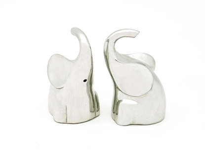 Picture of Loyfar Pewter Trunking up Elephant Salt & Pepper Shakers (2 Pieces)