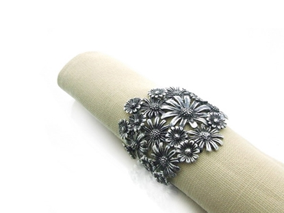 Picture of Loyfar Pewter Daisy Napkin Ring