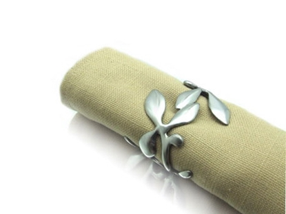 Picture of Loyfar Pewter Climber Napkin Ring size S