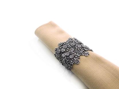 Picture of Loyfar Pewter Little Daisy Napkin Ring