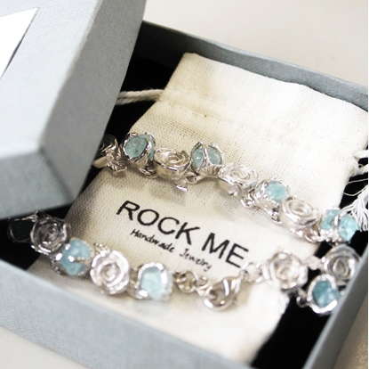 Picture of Handmade Rose Bracelet