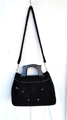 Picture of Black flower crochet bag