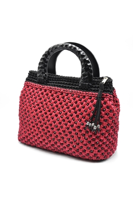 Picture of Classic red crochet bag