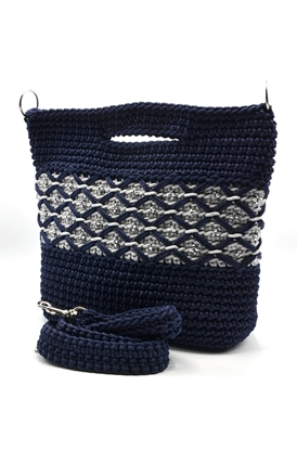 Picture of Blink blink with cool tone crochet bag
