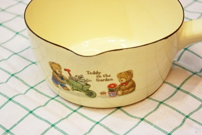 Picture of Thai Enamelware - Bearly Saucepan