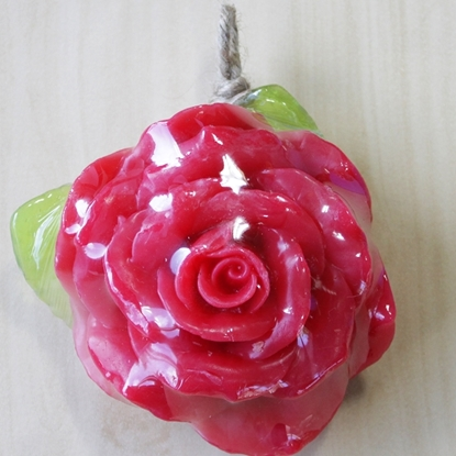 Picture of Handmade natural red rose fruit soap