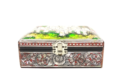 "Picture of Mother Of Pearl Jewelry Box 4x6"" (Red)"