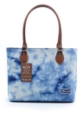Picture of  Tie dye indigo cotton square shoulder bag
