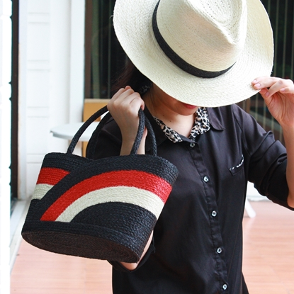 Picture of Parn Sorn Narai Mixed Set Lotus Blossom Bag with Panama Hat