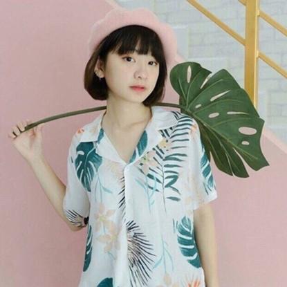 Picture of เสื้อฮาวาย ลายใบบัวสีขาว - ฟรีไชส์ผู้หญืง