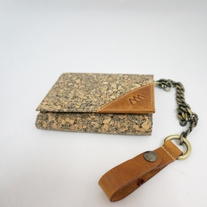 Picture of Short Cork Wallet with Chain