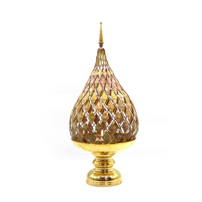 Picture of Lotus brass tray with pedestal candle hoder (Jok pattern) size 6 inch