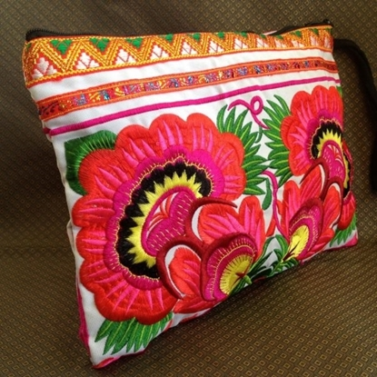 Picture of Clutch Wristlet Bag Embroidery Yellow Fabric Chinese