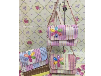 Picture of Flora Box Crossbody Bag  (Mini Size)
