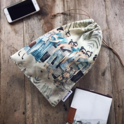 Picture of Thai Lady Drawstring Bag