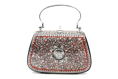 Picture of Mother Of Pearl Red Star Bag